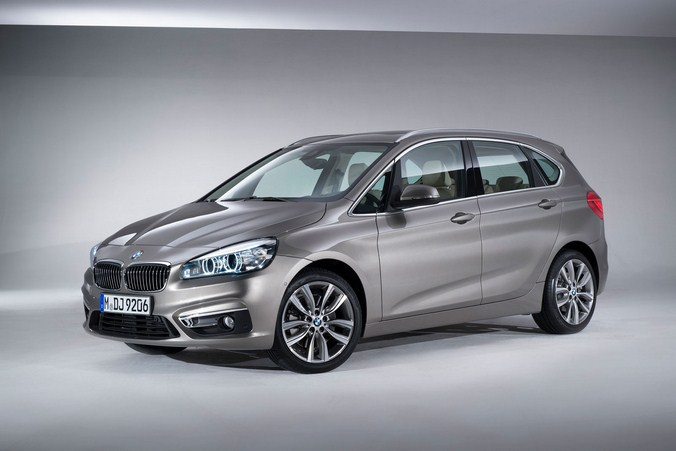 BMW-2-Series-Active-Tourer-01