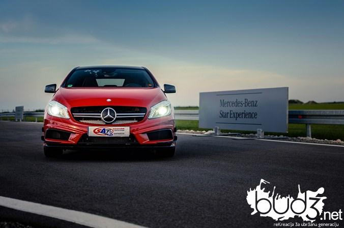 Mercedes_A45_AMG_bud3.net_naslovna_22