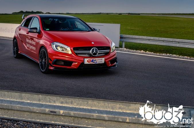 Mercedes_A45_AMG_bud3.net_naslovna_25